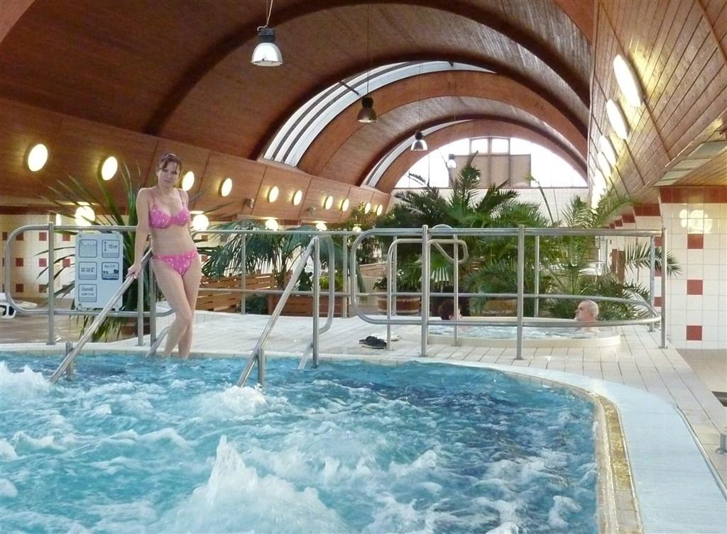 pobytové zájezdy - Maďarsko - Harkány - termální lázně s bazény a vířivkami